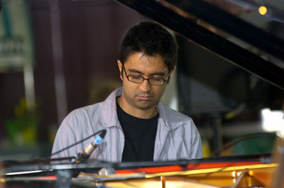 Vijay Iyer 2006  www.vijay-iyer.com www.myspace.com/vijayiyer