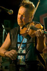 Nigel Kennedy 2009  www.nigelkennedyonline.com  http://en.wikipedia.org/wiki/Nigel_Kennedy www.myspace.com/nigelkennedy