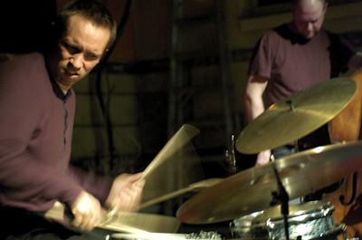 Paal Nilssen-Love 2007  www.paalnilssen-love.com