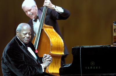 Oscar Peterson / David Young  2005  www.oscarpeterson.com