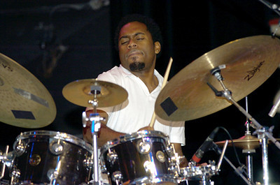Nate Smith  2006  www.drummerworld.com/drummers/Nate_Smith.html