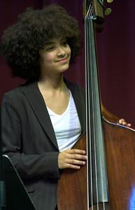 Esperanza Spalding  2005  www.esperanzaspalding.com www.myspace.com/esperanzaspalding