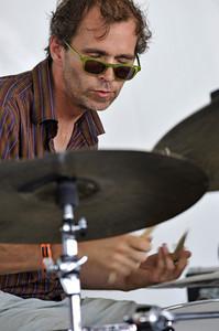 Kenny Wollesen  2008  www.drummerworld.com/drummers/Kenny_Wollesen.html