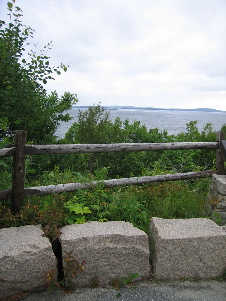 07 Lookout with Fence