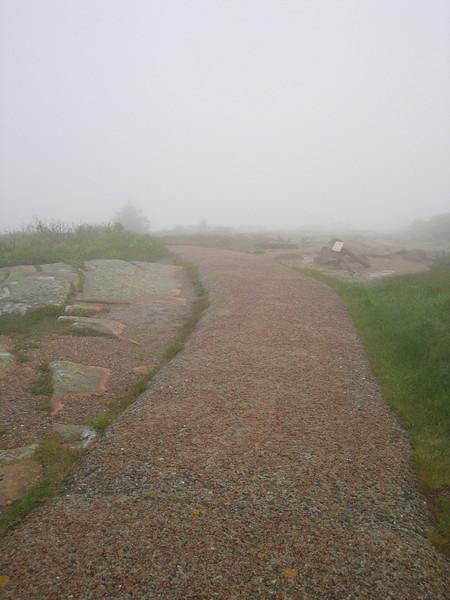 28 Walking Paths at the Summit