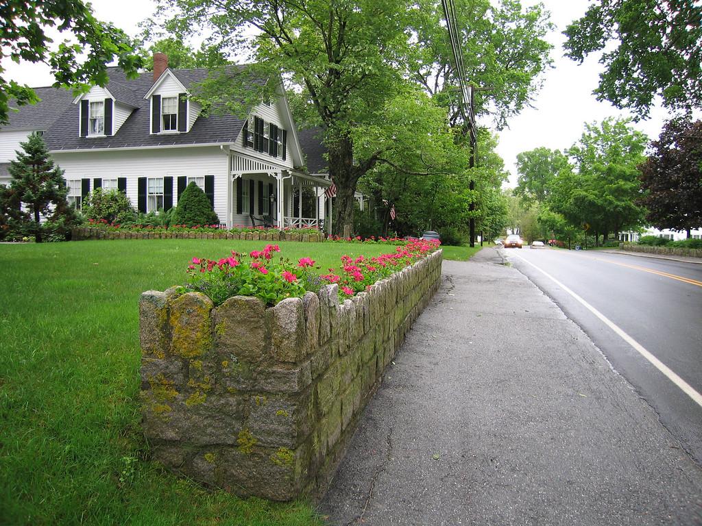 22 Road and Sidewalk North