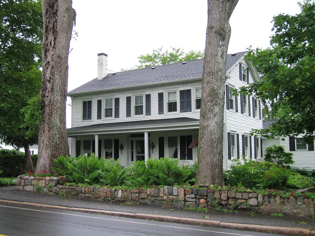 16 Somesville Residence