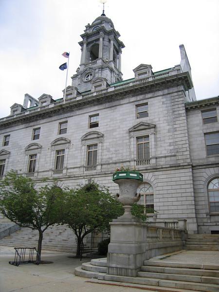33 City Hall MS