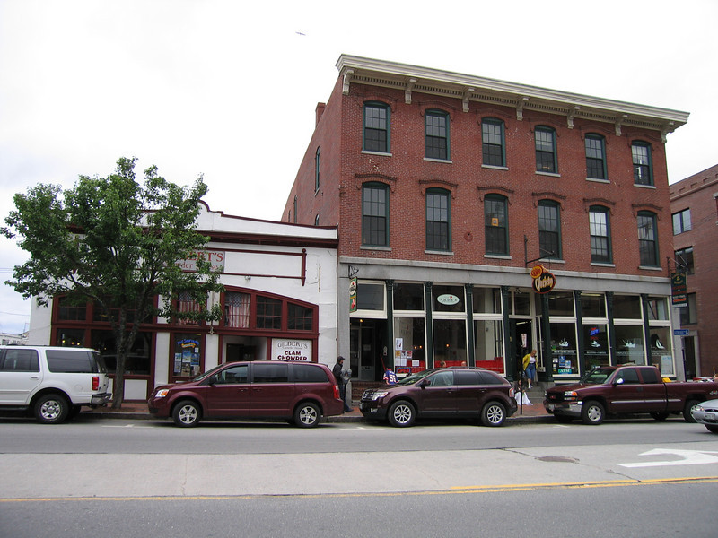 06 Commercial Street