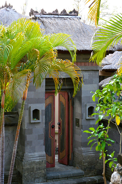 Every villa has it's own private entrance.