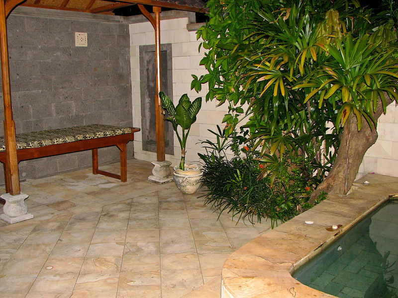 ..but some villa's have a large outdoor patio area, with a large hot tub and an outdoor shower.