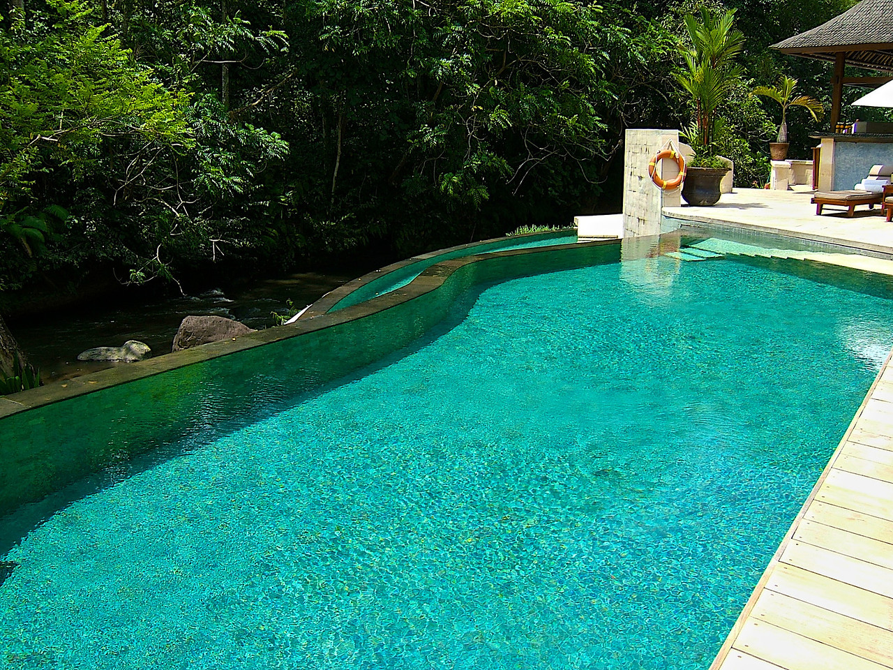There are quiet pools as well as family pool areas.