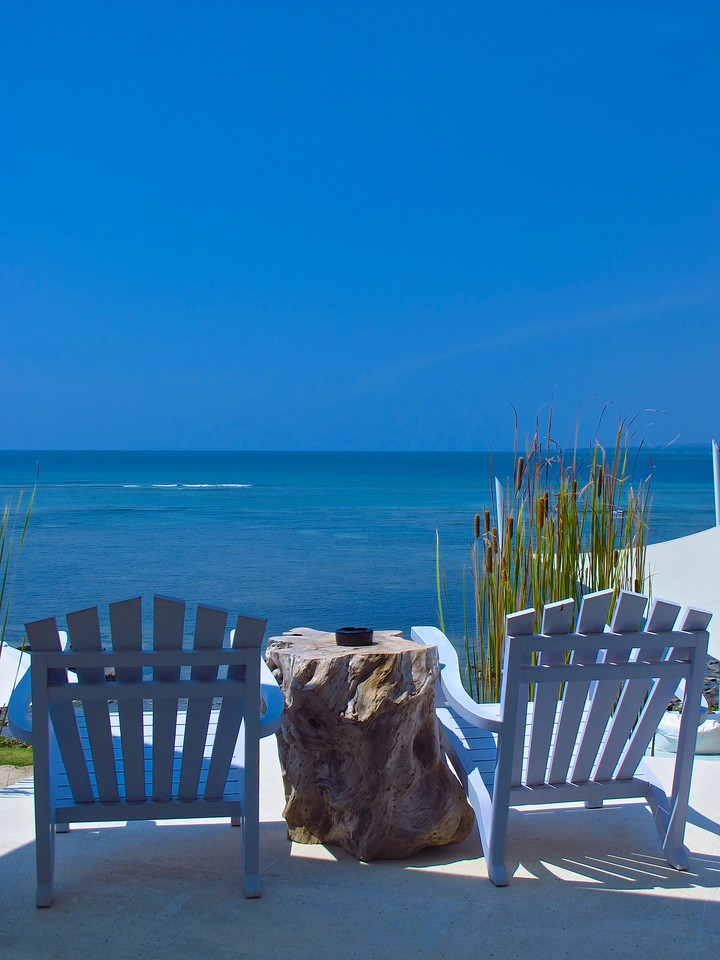 From the bar, you can lookout over the ocean from the comfort of your chair.
