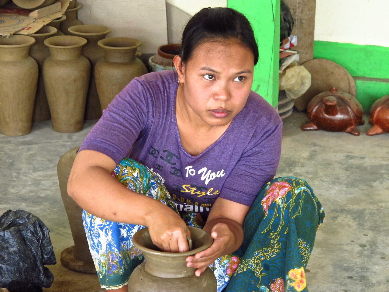 In the villages of Penujak, Banyumulek and Masbagik on Lombok is where you'll find pottery craft. Each village has their own distinct styles and methods. Their pottery products are exported around the world.