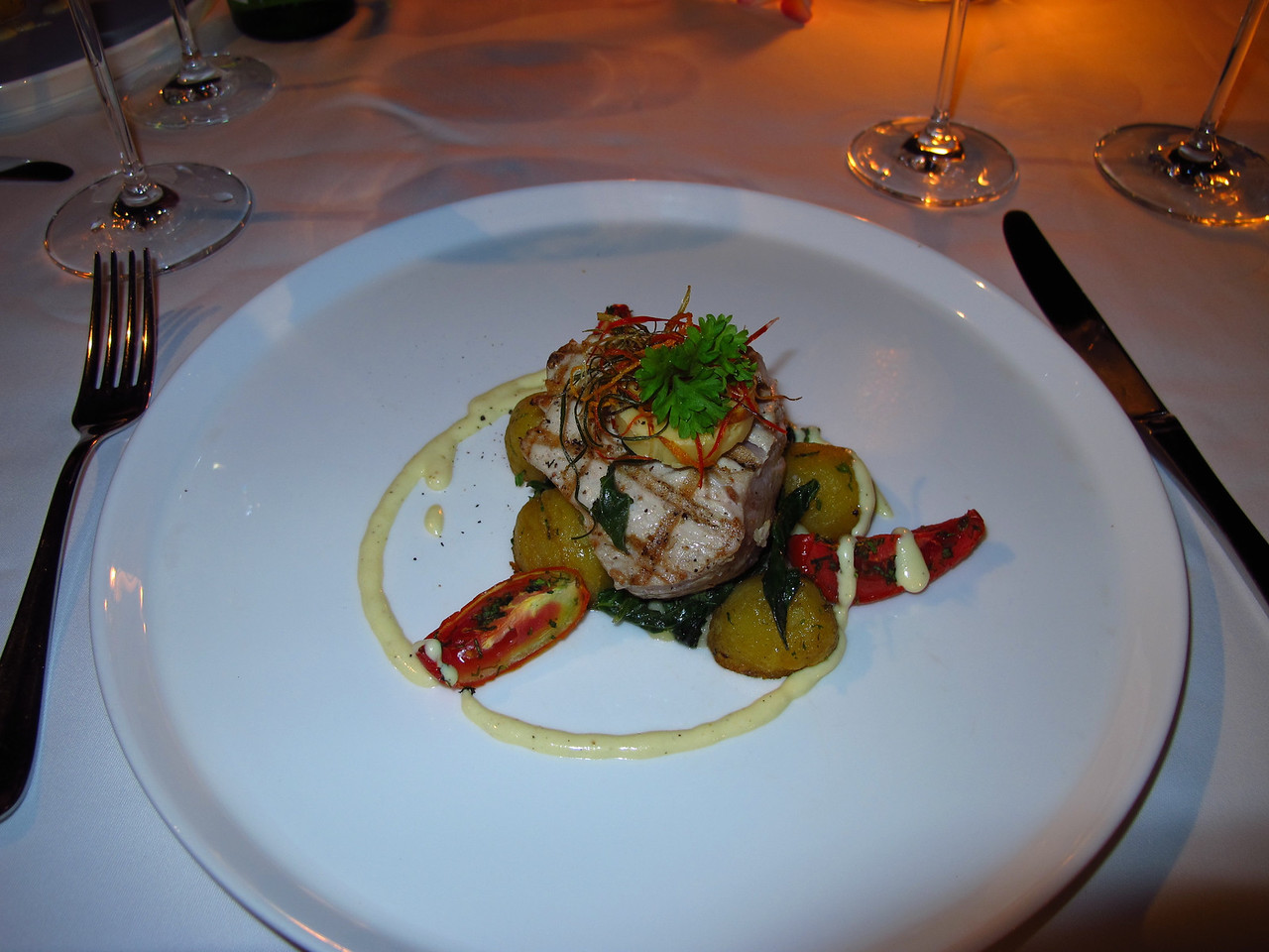 ..fresh tuna steak over potatoes...