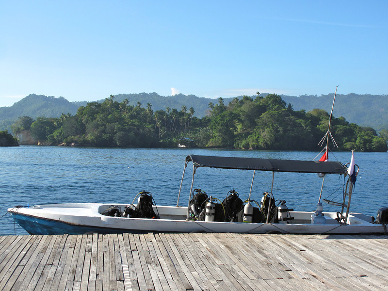 Dive sherpas will take your dive equipment directly to the boat.