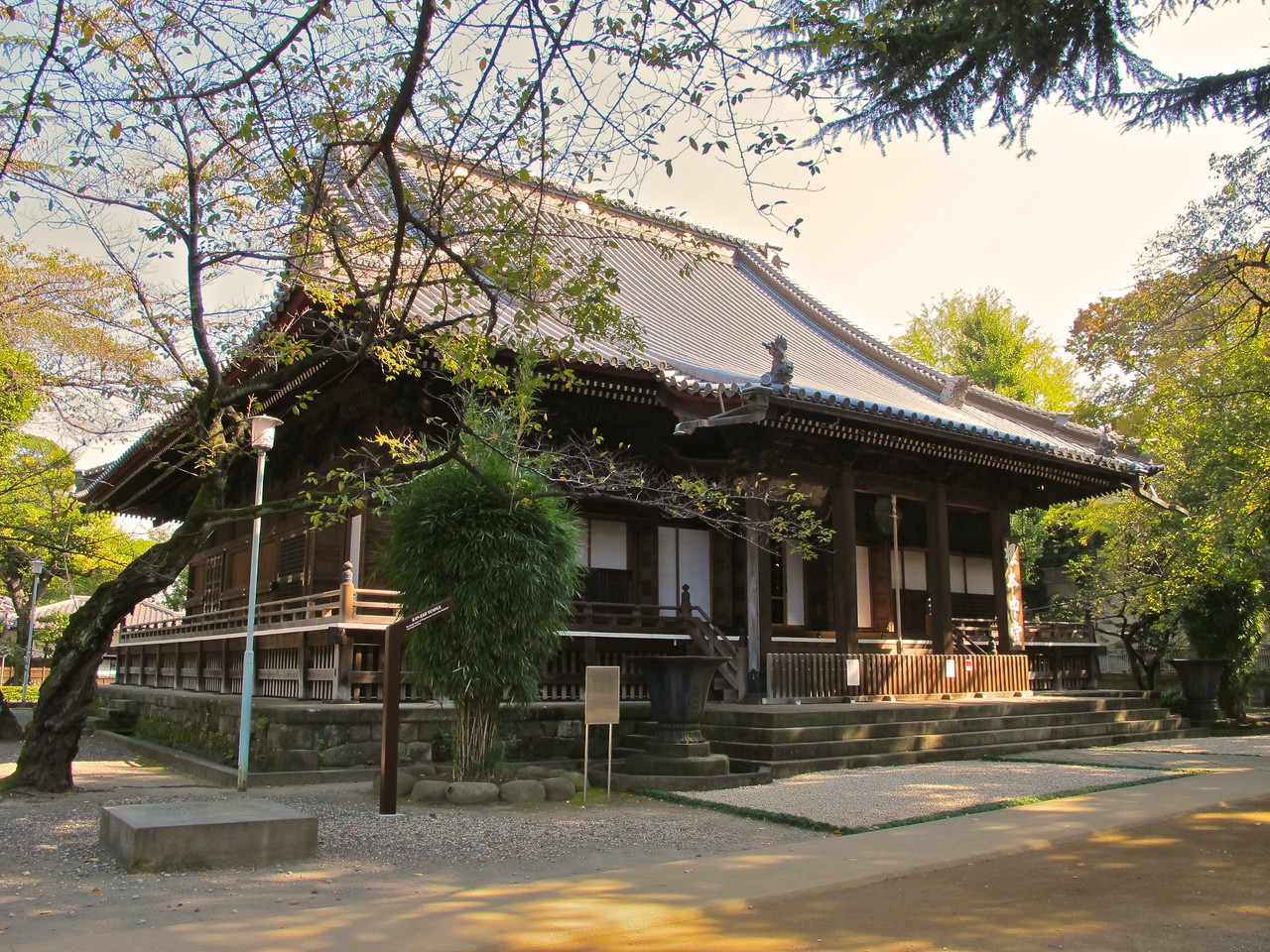 This is the Kaneji Temple in Ueno Park.