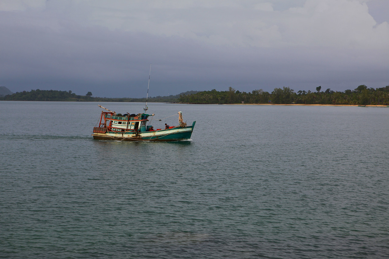 As you travel across the Gulf of Thailand towards Song Saa, you see many locals fishing.
