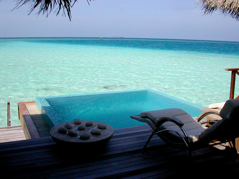 You also have your own small infinity edge pool.