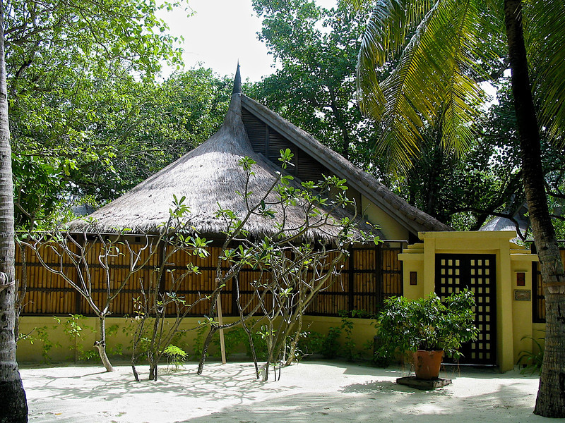 Each villa is uniquely designed to reflect the spiral of a seashell with the conical thatched-roof.