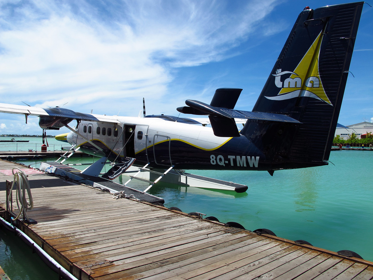 Air taxis using seaplanes vary in size and usually run on a limited day-time only schedule.