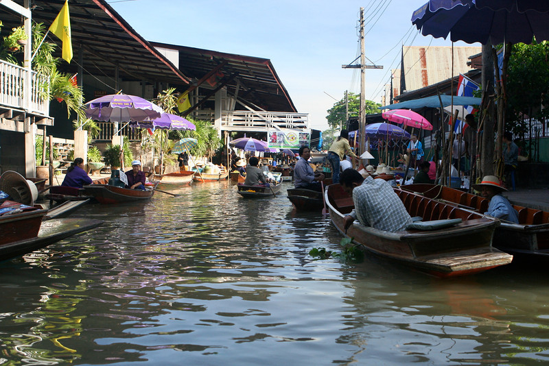 Finally we arrive at the Floating Market.  It's still pretty tame at 10AM.