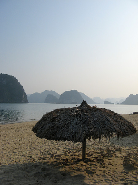 Gherman Titop returned to Titop Island 35 years later, on 27 June 1997, three years before his death, in which time, the island that bore his name has become a major attraction in Halong Bay.