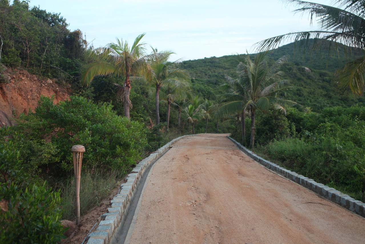 About a 90 minute drive south of Quy Nhon via pavement and a very rough dirt road for the last 2 miles is Bai Tram Resort.