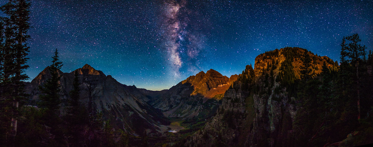Moonrise at the Maroon Bells