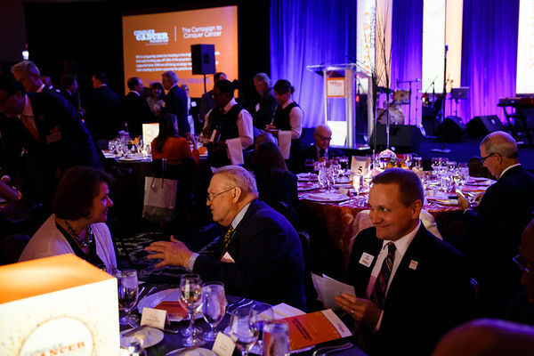 Guests during Conquer Cancer Foundation Dinner