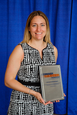 2017 Young Investigator Award Recipient Laura Spring, MD, during 2017 Grants & Awards Ceremony and Reception