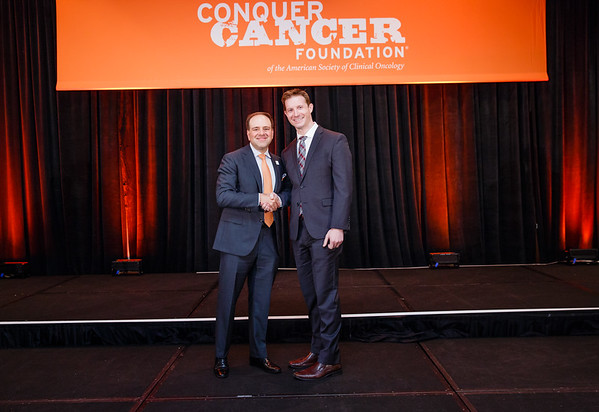 2017 Young Investigator Award Recipient Joshua Sasine, MD with Thomas G. Roberts, Jr., MD, Chair of the Conquer Cancer Foundation Board of Directors, during 2017 Grants & Awards Ceremony and Reception