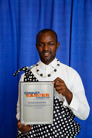 2017 IDEA Recipient Fidel Muhimbili Rubagumya, MD, during 2017 Grants & Awards Ceremony and Reception