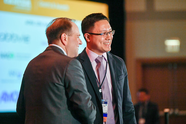 2017 YIA Recipient Jason Paik, MD, PhD with Thomas G. Roberts, Jr., MD, Chair of the Conquer Cancer Foundation Board of Directors, during 2017 Grants & Awards Ceremony and Reception