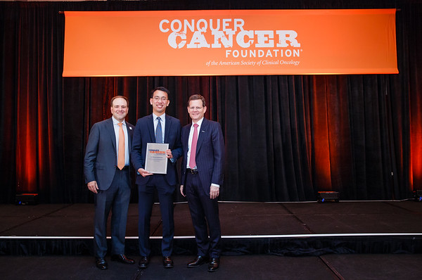 2017 Young Investigator Award Recipient David Oh, MD, PhD with Thomas G. Roberts, Jr., MD, Chair of the Conquer Cancer Foundation Board of Directors and Clifford A. Hudis, MD, FACP, FASCO, CEO of ASCO during 2017 Grants & Awards Ceremony and Reception