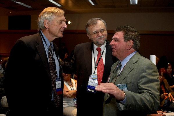 Chicago, IL - ASCO 2007 - Robert F. Ozols, MD, (left), Gabriel N. Hortobagyi, MD, FACP, President of ASCO, and Robert L. Combs pictured before the Opening Press Briefing, Friday June 1, 2007 during the American Society of Clinical Oncology's (ASCO) 43rd Annual Meeting. The meeting attracts more than 25,000 oncologists, researchers, and cancer care professionals from more than 100 countries. Date: Friday June 1, 2007. Credit: Photo Courtesy © ASCO/Todd Buchanan 2007. ASCO Contact: Tiffany Reynolds/Communications Dept.; 703-519-1423. Technical Questions: todd@toddbuchanan.com; 612-226-5154.