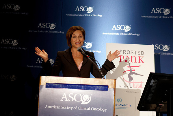 Chicago, IL - ASCO 2008: Olympic champion Mary Lou Retton speaks at the Frosted Pink with a Twist press briefing on Friday, May 30, 2008, during the American Society of Clinical Oncology's (ASCO) 44th Annual Meeting. The meeting attracts more than 25,000 oncologists, cancer researchers and cancer care professionals from more than 100 countries. Date: Friday May 30, 2008 Photo by © ASCO/Todd Buchanan 2008 ASCO Contact: Tiffany Reynolds/Communications Dept.; 703-519-1423. Technical Questions: todd@toddbuchanan.com; Phone: 612-226-5154.
