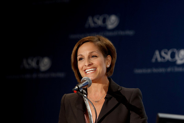 Chicago, IL - ASCO 2008: Olympic champion Mary Lou Retton speaks at the Frosted Pink with a Twist press briefing Friday, May 30, 2008, during the American Society of Clinical Oncology's (ASCO) 44th Annual Meeting. The meeting attracts more than 25,000 oncologists, cancer researchers and cancer care professionals from more than 100 countries. Date: Friday May 30, 2008 Photo by © ASCO/Todd Buchanan 2008 ASCO Contact: Tiffany Reynolds/Communications Dept.; 703-519-1423. Technical Questions: todd@toddbuchanan.com; Phone: 612-226-5154.