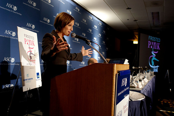 Chicago, IL - ASCO 2008: Mary Lou Retton speaks at the Frosted Pink with a Twist press briefing on Friday, May 30, 2008 during the American Society of Clinical Oncology's (ASCO) 44th Annual Meeting. The meeting attracts more than 25,000 oncologists, cancer researchers and cancer care professionals from more than 100 countries. Date: Friday May 30, 2008 Photo by © ASCO/Todd Buchanan 2008 ASCO Contact: Tiffany Reynolds/Communications Dept.; 703-519-1423. Technical Questions: todd@toddbuchanan.com; Phone: 612-226-5154.