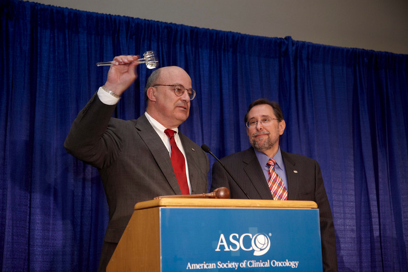 Orlando, FL - ASCO 2009 Annual Meeting: Richard L. Schilsky, MD, President of ASCO, Douglas Blaney, President-elect of ASCO, at the business meeting at the American Society for Clinical Oncology Annual Meeting here today, Monday June 1, 2009. Over 25,000  physicians, researchers and healthcare professionals from over 100 countries are attending the meeting which is being held at the Orange County Convention center and features the latest cancer  research in the areas of basic and clinical science. Date: Monday June 1, 2009 Photo by © ASCO/Todd Buchanan 2009 Technical Questions: todd@toddbuchanan.com; Phone: 612-226-5154.