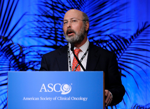 Chicago, IL - 2010 ASCO Annual Meeting: Howard S. Hochster, MD, speaks during the Highlights of the Day session at the American Society of Clinical Oncology Annual Meeting on Saturday, June 5, 2010. Over 32,000  physicians, researchers and healthcare professionals from over 100 countries attended the meeting, which was held at McCormick Place and featured the latest innovations in cancer research, quality, practice and technology. Date: Saturday June 5, 2010 Photo by © ASCO/Phil McCarten 2010 Technical Questions: todd@toddbuchanan.com; ASCO Contact: photos@asco.org