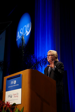 Chicago, IL - 2010 ASCO Annual Meeting: Frank McCormick, PhD, FRS, receives the 2010 Science of Oncology Award and Lecture at the American Society of Clinical Oncology Annual Meeting on Sunday, June 6, 2010. Over 32,000 physicians, researchers and healthcare professionals from over 100 countries attended the meeting, which was held at McCormick Place and featured the latest innovations in cancer research, quality, practice, and technology. Date: Sunday June 6, 2010 Photo by © ASCO/Todd Buchanan 2010 Technical Questions: todd@toddbuchanan.com; ASCO Contact: photos@asco.org