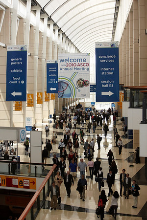 Chicago, IL - 2010 ASCO Annual Meeting - General Views at the American Society of Clinical Oncology Annual Meeting on Friday, June 4, 2010. Over 32,000 physicians, researchers and healthcare professionals from over 100 countries attended the meeting, which was held at McCormick Place and featured the latest cancer  research in the areas of basic and clinical science. Photo by © ASCO/Scott Morgan 2010 Technical Questions: todd@toddbuchanan.com ASCO Contact: photos@asco.org