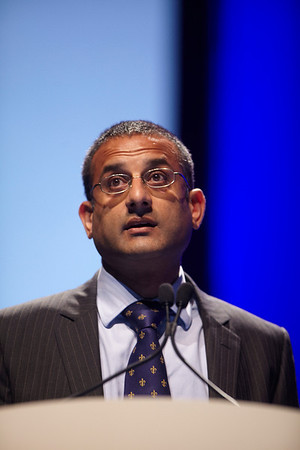 Chicago, IL - ASCO 2011 Annual Meeting:  Kirit  Ardeshna speaks during the Special Session: ASCO/ASH Joint Session at the American Society for Clinical Oncology Annual Meeting here today, Saturday June 4, 2011. Over 25,000  physicians, researchers and healthcare professionals from over 100 countries are attending the meeting which is being held at the McCormick Convention center and features the latest cancer research in the areas of basic and clinical science. Date: Saturday June 4, 2011 Photo by © GMG/Todd Buchanan 2011 Technical Questions: todd@toddbuchanan.com; ASCO Contact: photos@asco.org Event Name: Special Session: ASCO/ASH Joint Session