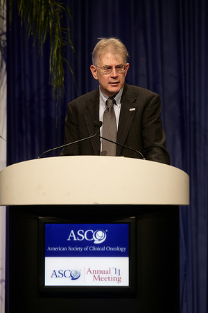 Chicago, IL - ASCO 2011 Annual Meeting:  ASCO President George  Sledge speaks during the Opening Session - Presidential Address at the American Society for Clinical Oncology Annual Meeting here today, Saturday June 4, 2011. Over 25,000  physicians, researchers and healthcare professionals from over 100 countries are attending the meeting which is being held at the McCormick Convention center and features the latest cancer research in the areas of basic and clinical science. Date: Saturday June 4, 2011 Photo by © GMG/Todd Buchanan 2011 Technical Questions: todd@toddbuchanan.com; ASCO Contact: photos@asco.org Event Name: Opening Session - Presidential Address