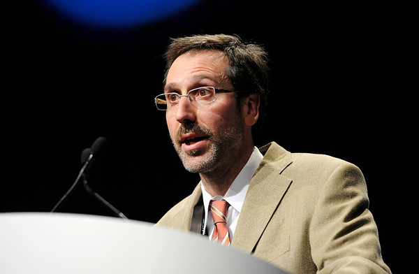 Chicago, IL - ASCO 2011 Annual Meeting:  Antonio  Ribas speaks during the Highlights of the Day session at the American Society for Clinical Oncology Annual Meeting here today, Sunday June 5, 2011. Over 25,000  physicians, researchers and healthcare professionals from over 100 countries are attending the meeting which is being held at the McCormick Convention center and features the latest cancer research in the areas of basic and clinical science. Date: Sunday June 5, 2011 Photo by © GMG/Phil McCarten 2011 Technical Questions: todd@toddbuchanan.com; ASCO Contact: photos@asco.org Event Name: Highlights of the Day