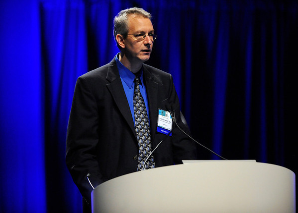 Chicago, IL - ASCO 2011 Annual Meeting:  Stefan  Faderl speaks during the Oral Abstract Presentation at the American Society for Clinical Oncology Annual Meeting here today, Monday June 6, 2011. Over 25,000  physicians, researchers and healthcare professionals from over 100 countries are attending the meeting which is being held at the McCormick Convention center and features the latest cancer research in the areas of basic and clinical science. Date: Monday June 6, 2011 Photo by © GMG/Phil McCarten 2011 Technical Questions: todd@toddbuchanan.com; ASCO Contact: photos@asco.org Event Name: Oral Abstract Presentation