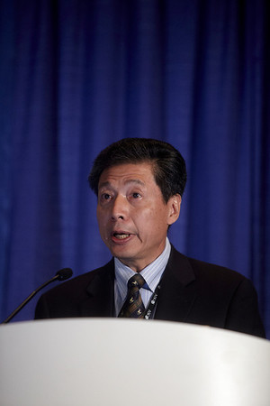 Chicago, IL - ASCO 2011 Annual Meeting:  K  Ang speaks during the Abstract 5500 at the American Society for Clinical Oncology Annual Meeting here today, Monday June 6, 2011. Over 25,000  physicians, researchers and healthcare professionals from over 100 countries are attending the meeting which is being held at the McCormick Convention center and features the latest cancer research in the areas of basic and clinical science. Date: Monday June 6, 2011 Photo by © GMG/Todd Buchanan 2011 Technical Questions: todd@toddbuchanan.com; ASCO Contact: photos@asco.org Event Name: Abstract 5500