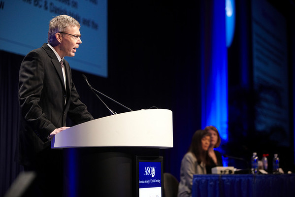 Chicago, IL - ASCO 2011 Annual Meeting:  Tim Whelan  speaks during the Oral Abstract: Breast Cancer Triple Negative/Cytotoxics/Local Therapy session at the American Society for Clinical Oncology Annual Meeting here today, Monday June 6, 2011. Over 25,000  physicians, researchers and healthcare professionals from over 100 countries are attending the meeting which is being held at the McCormick Convention center and features the latest cancer research in the areas of basic and clinical science. Date: Monday June 6, 2011 Photo by © GMG/Silas Crews 2011 Technical Questions: todd@toddbuchanan.com; ASCO Contact: photos@asco.org Event Name: Oral Abstract: Breast Cancer Triple Negative/Cytotoxics/Local Therapy session