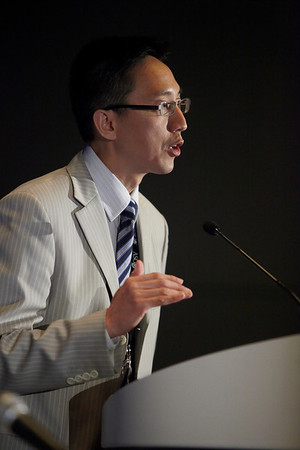 Chicago, IL - ASCO 2011 Annual Meeting:  Henry Chan, MD  speaks during the ASCO/ESMO Cancer in Low/Mid Income Countries at the American Society for Clinical Oncology Annual Meeting here today, Monday June 6, 2011. Over 25,000  physicians, researchers and healthcare professionals from over 100 countries are attending the meeting which is being held at the McCormick Convention center and features the latest cancer research in the areas of basic and clinical science. Date: Monday June 6, 2011 Photo by © GMG/Silas Crews 2011 Technical Questions: todd@toddbuchanan.com; ASCO Contact: photos@asco.org Event Name: ASCO/ESMO Cancer in Low/Mid Income Countries